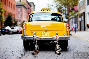 TAXI CHECKER NY US JAUNE